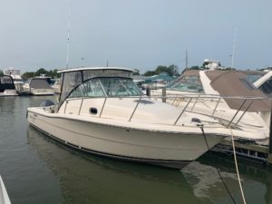 2005 Pursuit 3070 Offshore